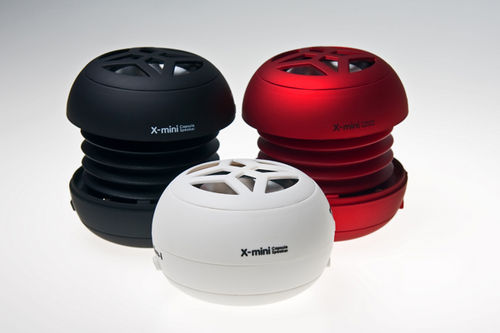 x-mini-capsule dynamic speaker different with colors red , black and white